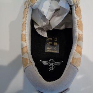Creative Recreation Shoes - Creative Recreation Size 10 PRIO White Sneakers